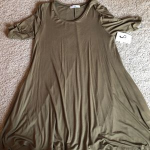 ⚡️Amelia James Soft Tunic Army green - Large